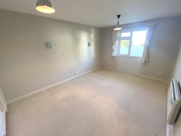 11SP-5-Bedroom