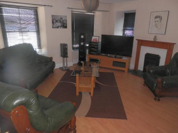 1a-4-Lounge