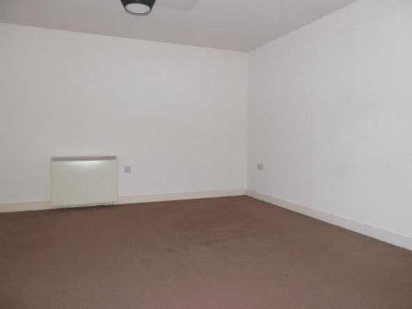 4PC-6-Bedroom