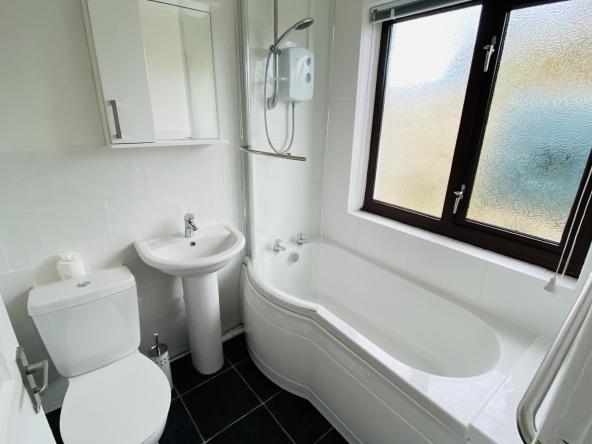 P-10-Bathroom