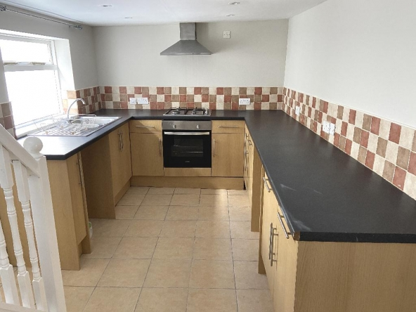 1VP-5-Kitchen