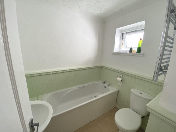 1VP-7-Bathroom