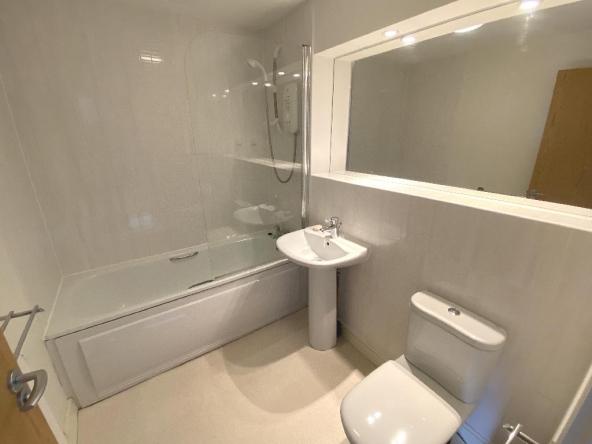 10KT-11-Bathroom