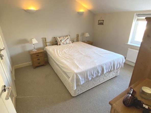 F2-20a-5-Bedroom